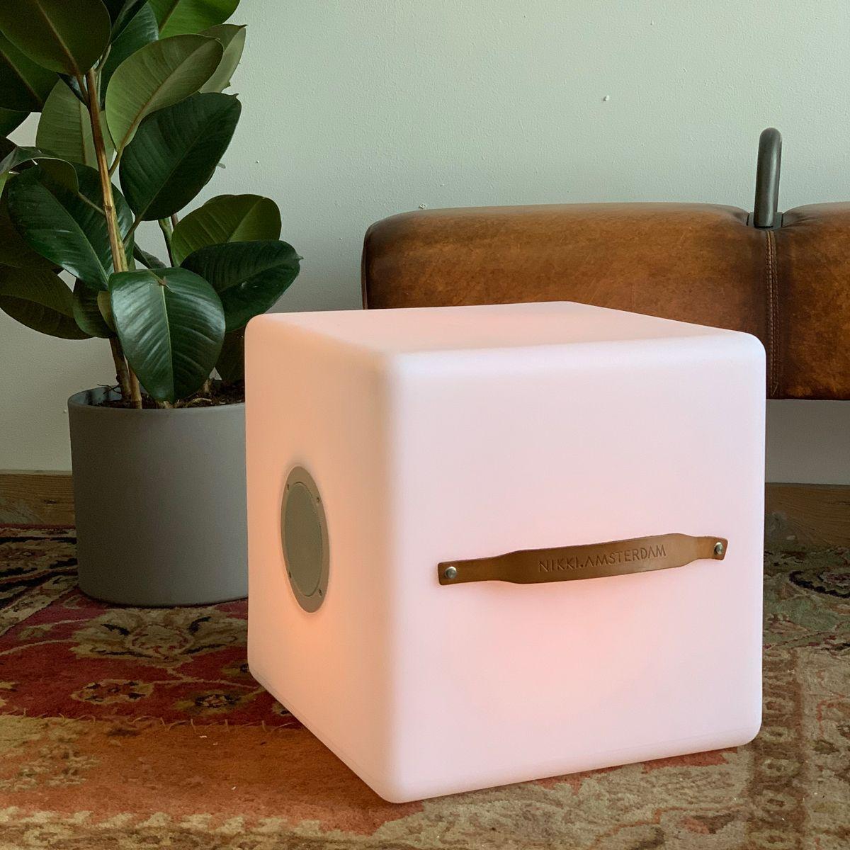 The.Cube – LED multicolor Lampe med indbygget Bluetooth Højttaler